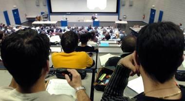 L'Erasmus riduce la disoccupazione giovanile di oltre il 60%