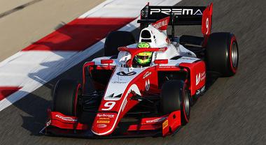 GP Bahrein, Mick Schumacher ottavo all'esordio. Il figlio di Schumi domani parte in pole