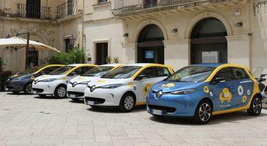 4USMobile, debutta il car sharing nella zona di Lecce. Nella flotta le elettriche Renault Zoe