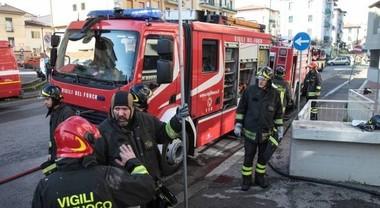 Studentesse Usa cucinano la pasta senz'acqua: la casa va a fuoco, paura a Firenze