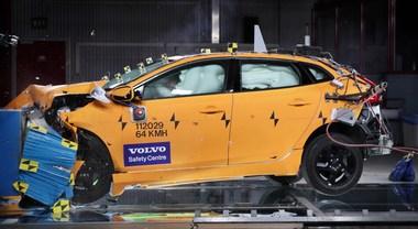 Volvo, la sicurezza passa da studio di incidenti reali. Dal 1970 attivo il Traffic Accident Research Team