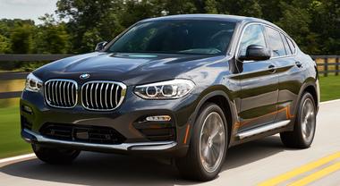 BMW, atto secondo per l'opera X4: il Suv dinamico come una coupé