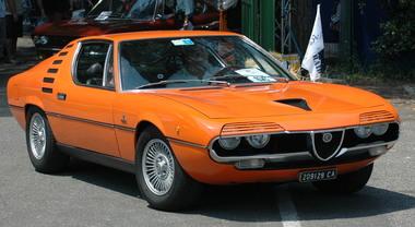Alfa Romeo, i 50 anni della Montreal. La bellissima coupè firmata Gandini presentata a Ginevra nel 1970