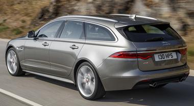 """Jaguar XF Sportbrake, l'eleganza nello spazio. La casa britannica lancia la versione wagon della sua """"classe media"""""""
