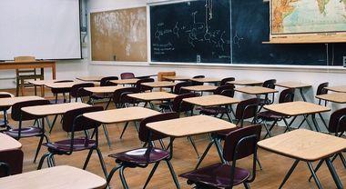 Scuola, supplente per 10 anni: ora il Ministero dovrà pagargli anche i mesi in cui non ha lavorato