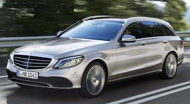 Mercedes Classe C, si rinnova la media con la Stella. Svetta l'ibrida plug-in
