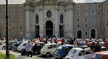 """Primo raduno """"Città del Vaticano"""": le 500 invadono Santa Croce in Gerusalemme"""