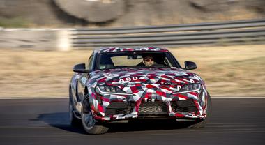 Toyota Supra, ritorna l'emozionante sportiva giapponese (1)
