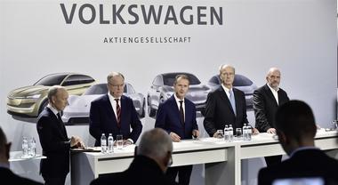 Volkswagen investirà 50 miliardi in 5 anni per auto elettriche, guida autonoma e servizi digitali
