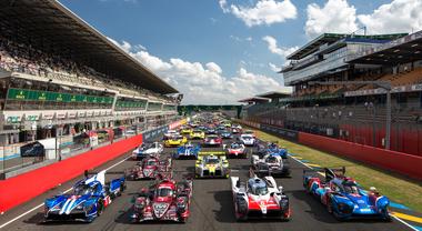 Le Mans, la corsa infinita. La 24 Ore vive alimentandosi con il suo mito