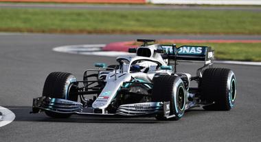 F1, Mercedes svela W10, l'arma per il campionato 2019