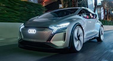 """Audi AI:ME, la lounge su ruote """"pensa"""" assieme agli utilizzatori. Per ordinare il pasto basta guardare il display"""
