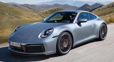 Porsche, debutta a Los Angeles l'8^ generazione della 911 Carrera S e 4S: tanta tecnologia e motori ancora più potenti