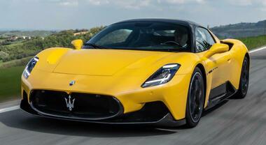 Maserati dipinge lo scenario sostenibile. La MC20 a batterie sarà l'auto più potente del brand