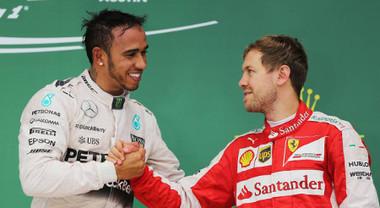 Hamilton difende Vettel: «Serve maggiore rispetto. Non immaginabile quanto sia difficile il nostro lavoro»