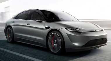 Sony al CES presenta a sorpresa l'anti Tesla. Prototipo Vision S sviluppato con Magna Steyr