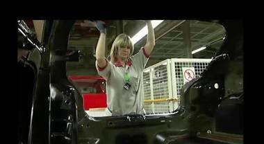 Chi ha detto che il settore auto sia un mondo di soli uomini?