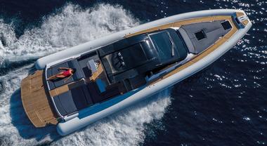 Magazzù a Cannes e Genova con il restyling dei maxi-rib MX-11 Coupé e MX-14 Classic