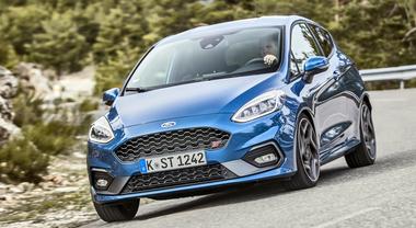 Ford Fiesta ST, una sportiva di razza. Ha un nuovo cuore 3 cilindri che suona come un 6