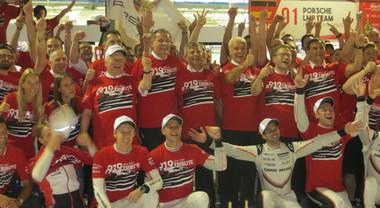 La Toyota vince la 6 Ore del Bahrain, ma la festa è Porsche: la mitica 919 Hybrid lascia da regina