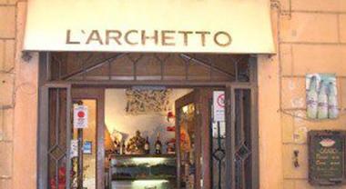 L'Archetto, la blasonata spaghetteria ormai sempre più per i palati dei turisti e le loro carte di credito
