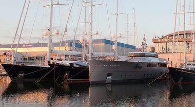Perini Navi, la grande vela in primo piano al VYR di Viareggio grazie ai suoi capolavori italiani