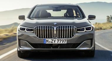 """BMW, a Ginevra debutta la nuova Serie 7 Phev, l'ammiraglia """"verde"""""""