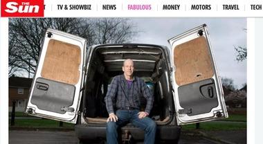 Pensionato gira con il furgone e consegna sperma a domicilio: «Voglio avere 100 figli»