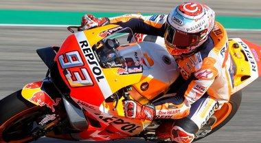GP Aragon, Marquez il più veloce nelle seconde libere. Seguono le Ducati di Lorenzo e Dovizioso, Rossi 9°