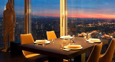 Unico, cena o brunch con vista su Milano