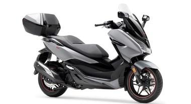 Honda, arriva Forza 300 in Limited Edition. Look accattivante che esalta linea elegante e protettiva