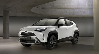 Yaris Cross, Toyota lancia il Suv ibrido ideale per la città