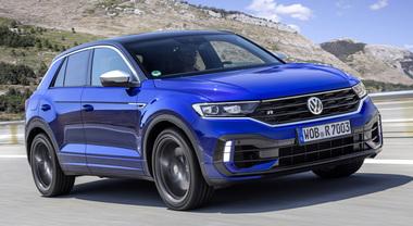 Volkswagen, la T-Roc mette la R: prestazioni da brivido per il Suv