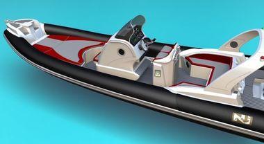 Al Nauticsud il Jolly Prince 25 Comfort. Con due motori da 150 hp tocca i 54 nodi