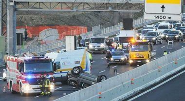Morti sulle strade, dopo il crollo del Ponte Morandi calano i decessi: zero in autostrada