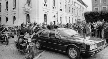 Maserati Quattroporte, l'esordio 40 anni fa da Pertini. È auto presidenziale dal 1982, Mattarella utilizza la 6^ serie