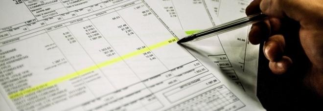 Buste paga, stop al pagamento in contanti: