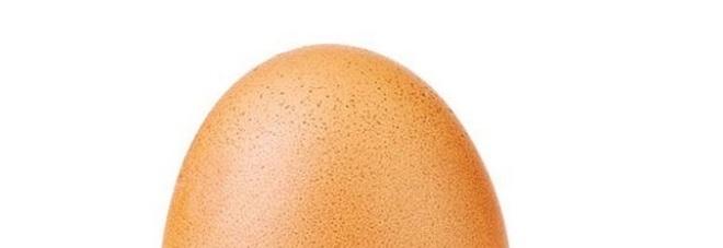 Questo uovo ha il record di like su Instagram: battuto il post di Kilye Genner