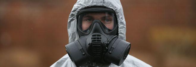 """Salisbury: """"Tracce ancora attive di agente nervino"""", interviene l'esercito"""