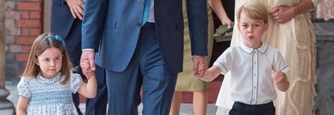 """Battesimo reale, Charlotte """"monella"""" con i fotografi: «Non venite al ricevimento»"""