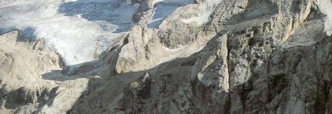 La Marmolada una montagna contesa tra Veneto e Trentino Alto Adige. Nuova guerra per la funivia Portavescovo