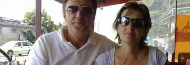 Famiglia sterminata nel sonno: uccisi  a colpi di pistola papà, madre e figlia  Le altre due sorelle salve per un caso