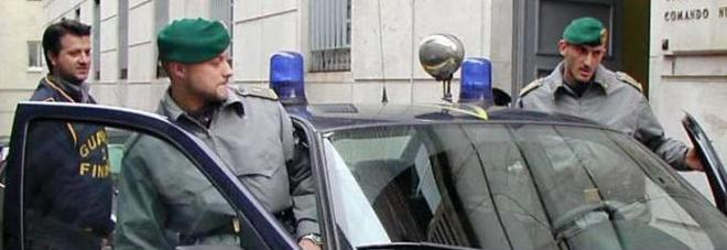 La coop è finta, l'evasione è vera: sequestrati conti, auto ed una villa