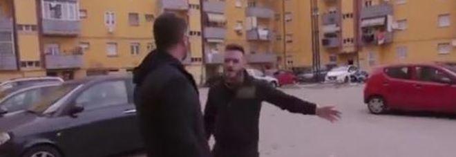 Piervincenzi aggredito, due arresti nel quartiere ghetto: trovata droga in un pannolino