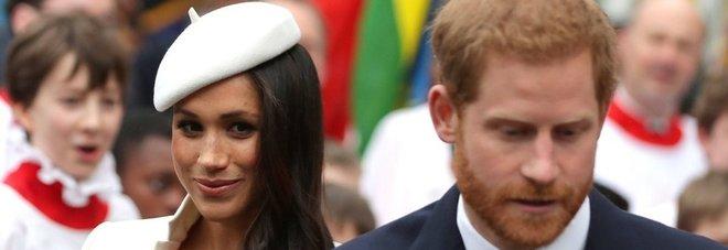 Il principe Carlo accompagna Meghan all'altare: «Glielo hanno chiesto gli sposi»