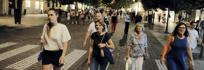 Via il mercato dal Corso del Popolo: duemila firme per dire no