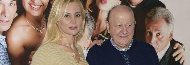 Massimo Boldi e le foto della compagna Loredana abbracciata a un amico: «Ho pianto, non ne sapevo nulla»