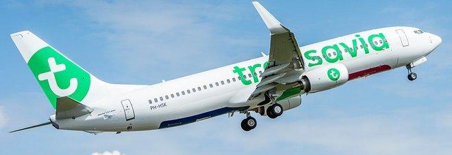 Flatulenza a bordo, scoppia la rissa: volo per Amsterdam costretto ad un atterraggio d'emergenza