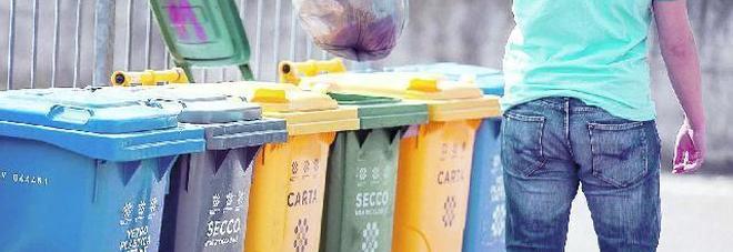"""Raccolta differenziata: il """"giallo"""" dei nuovi bidoni della spazzatura"""