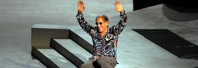 """Celentano vota Pisapia: """"Darsena bellissima. Sei un sindaco rock! Chi ti ha preceduto era lento"""""""